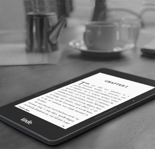 Amazon ajoute  à sa gamme la plus puissante de ses liseuses : la Kindle Voyage