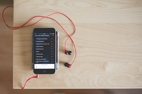 La prise audio 3,5 mm, est-elle en voie d'extinction sur les smartphones ?