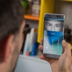 Galaxy S8 : des hackers démontrent la fragilité du déverrouillage par reconnaissance d'iris