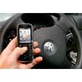 Le gouvernement lutte contre le téléphone au volant