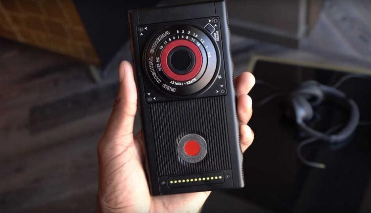 Hydrogen One: un prototype de smartphone holographique présenté sur Youtube