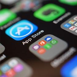 Quelles sont les prédictions jusqu'en 2022 pour le marché des applications mobiles ?