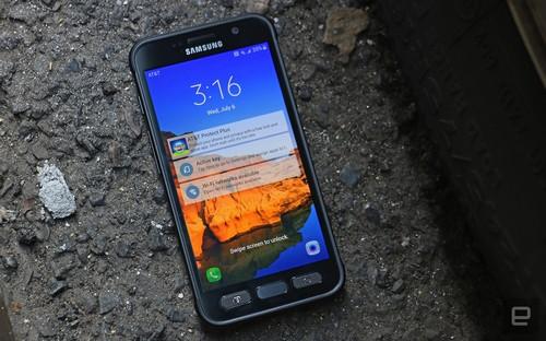 Samsung Galaxy S7 Active : un problème d'étanchéité fait des vagues