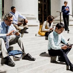 Tablettes, ordinateurs, smartphones sont devenus des objets incontournables