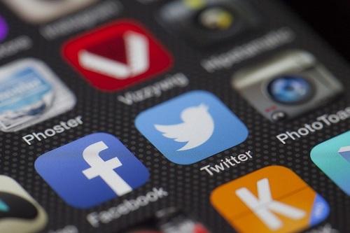 Twitter, YouTube et Facebook assignés en référé pour le non-respect de leurs obligations de modération