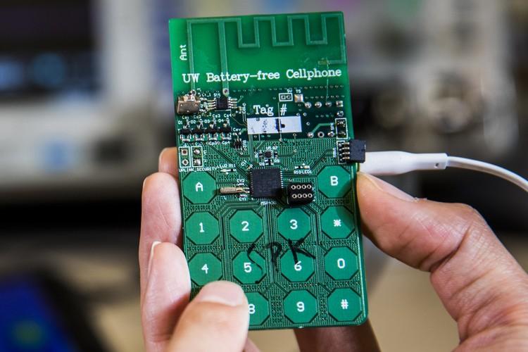 Est-il possible d'affranchir les téléphones portables de batteries ?